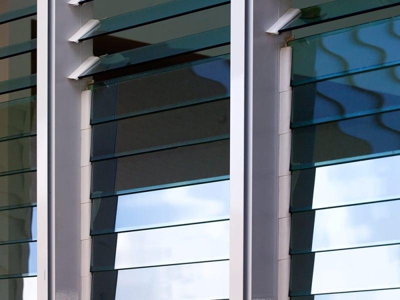 Louvre windows