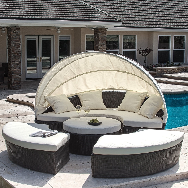 Retractable Round Daybed with Canopy