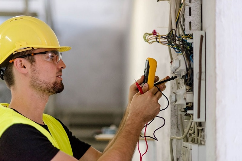 professional electricians for home