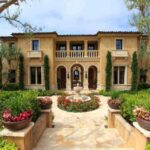 8 Tips to Create a Mediterranean Garden Escape for Your Home